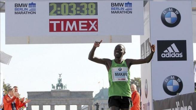 makau-record-maraton-1-656x368